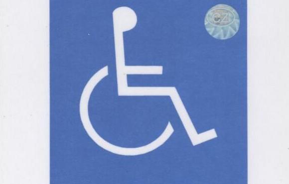 Cesti Invalide Se Prohaneji V Drahych Limuzinach Nebo Je To Jinak