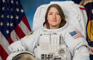 Nový ženský rekord vpobytu ve vesmíru.