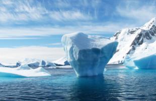 """Tající Grónsko – z ledové země se nevratně stává """"bipolární"""""""